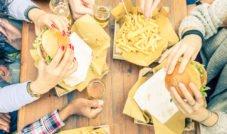 Comer de três em três horas ajuda a emagrecer. Verdade ou mentira?