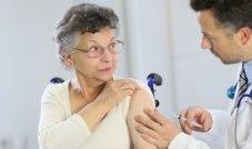Após baixa procura, vacinação contra a gripe é prorrogada